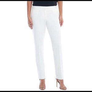 3/$20 🎉 EUC Limited White Drew Pants